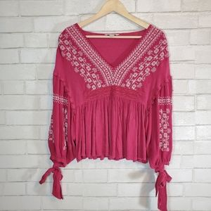 AEO floral embroidery blouse